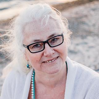 Ann-Marie Borg - Yogamamma-90.3